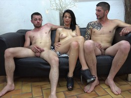 Juliana la cougar ! - Gang bang Mature